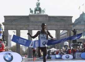Berlin Marathon: Kipchoge Vs Bekele Vs Kipsang Vs World Record. Δείτε τον αγώνα σε live streaming.
