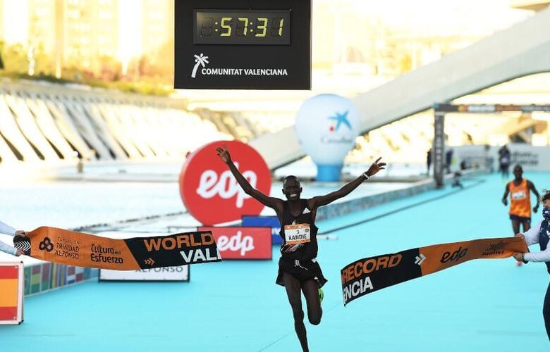 Απίστευτο WR και επιδόσεις στον ημιμαραθώνιο της Valencia!